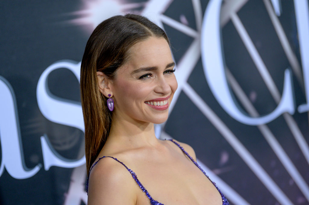 Emilia Clarke s-a pozat cu cei doi iubiti ai sai din Game of Thrones