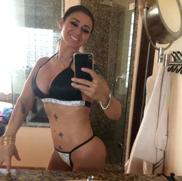 Poze interzise cu Anamaria Prodan din izolare! La 47 de ani are corp de puștoaică